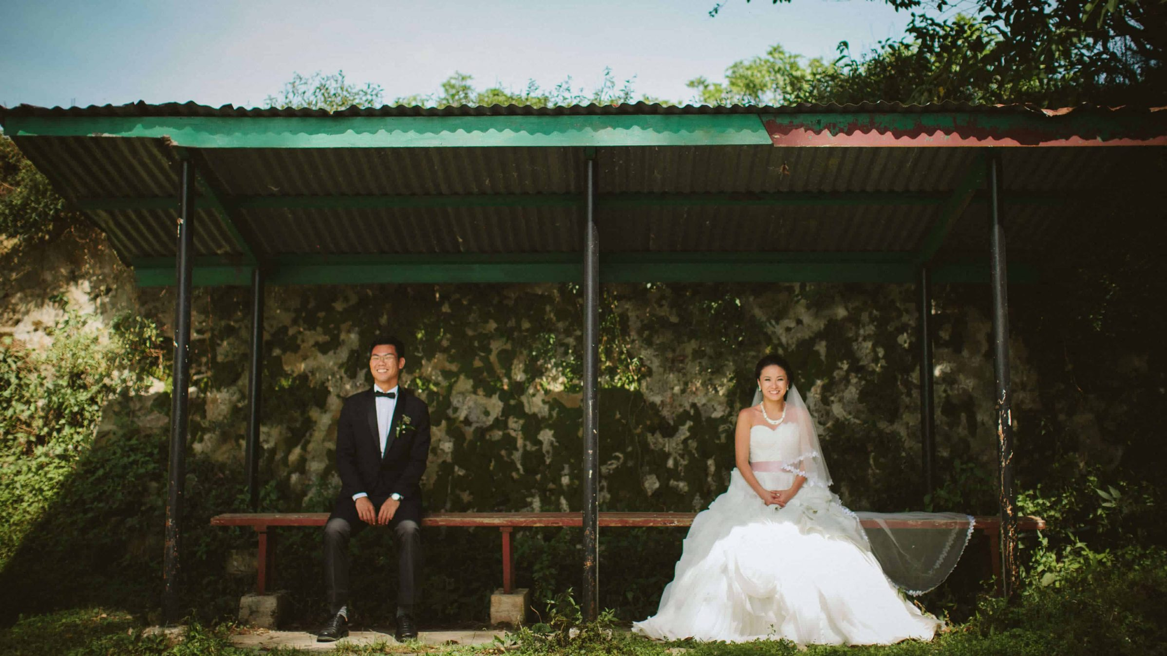 Malaysia Best Prewedding Destination Kota Kinabalu Engagement Photography Cliff Choong wedding photographer nature beach cloud blue sky kiss couple hug veil bridal gown cameron highlands
