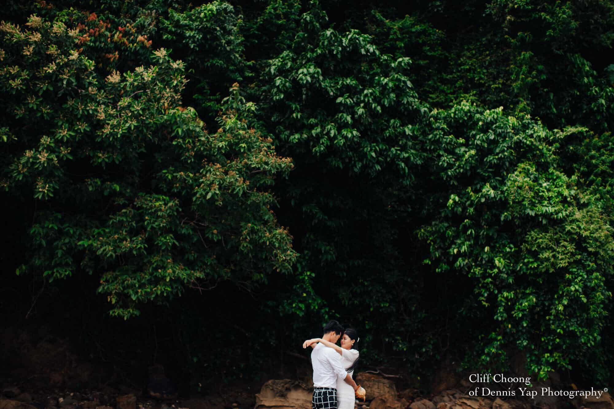 Malaysia Best Prewedding Destination Kota Kinabalu Engagement Photography Cliff Choong wedding photographer nature beach cloud blue sky kiss couple hug veil bridal gown