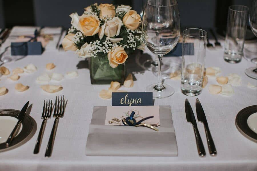 Malaysia Classic Simple elegant Wedding Mandarin Oriental Kuala Lumpur calligraphy Cliff Choong Photography Jon Sharon golden sunrise calligraphy