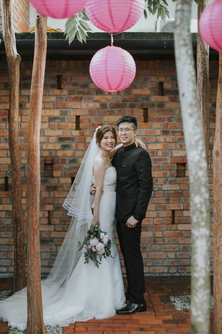 Malaysia Wedding Chinese Traditional Red Dress Kuala Lumpur Malaysia Destination Cliff Choong Photography beautiful Gorgeous Bride and groom Sekeping Seapark PJ