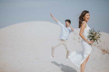 cliff choong destination portrait and wedding photographer malaysia kuala lumpur prewedding sunset golden sunrise shots bride and groom melaka desert couple kiss romantic intimate moment scene white sands