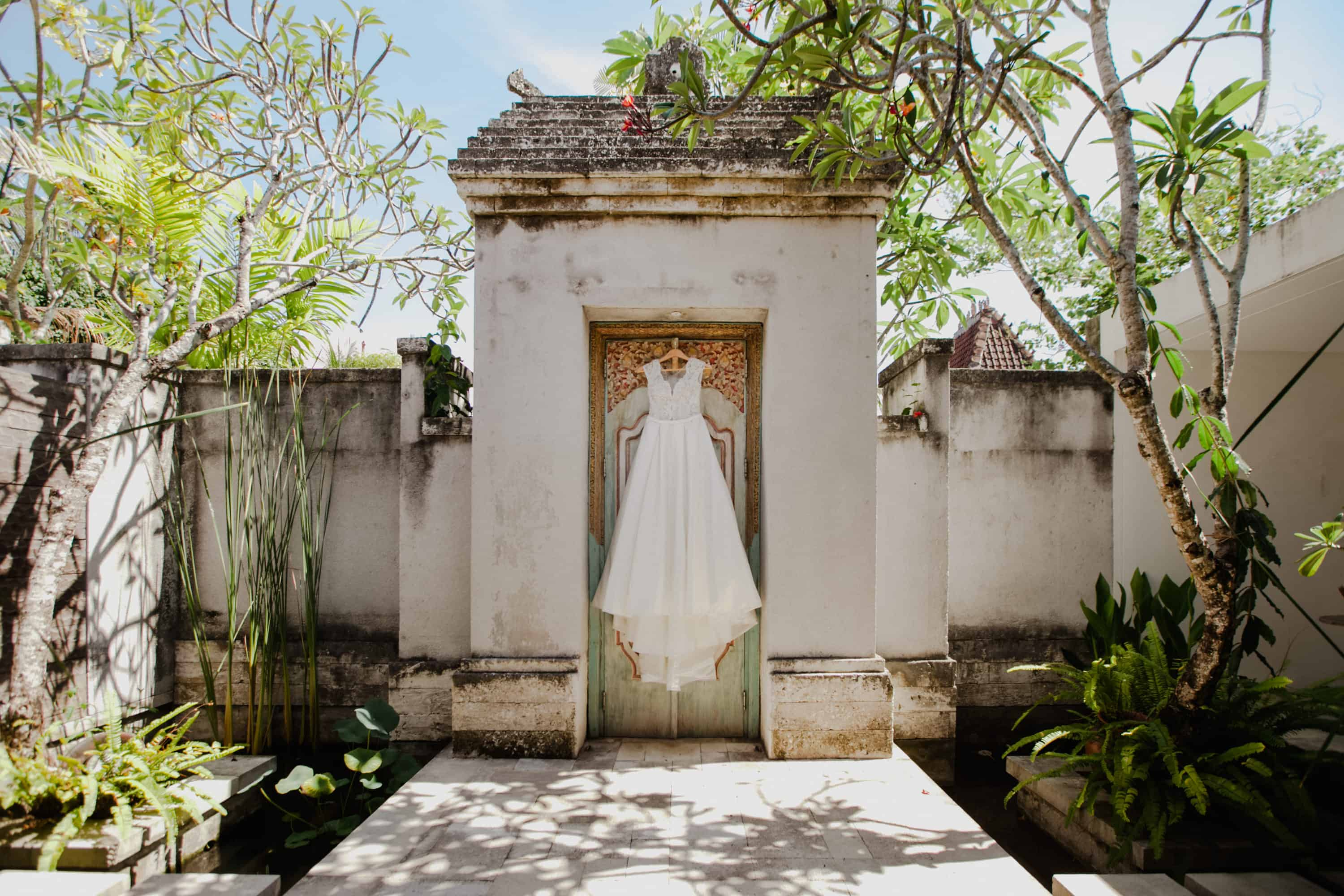 Destination Wedding Bali Indonesia Sudamala Resorts Lombok Flores Malaysia wedding photographer