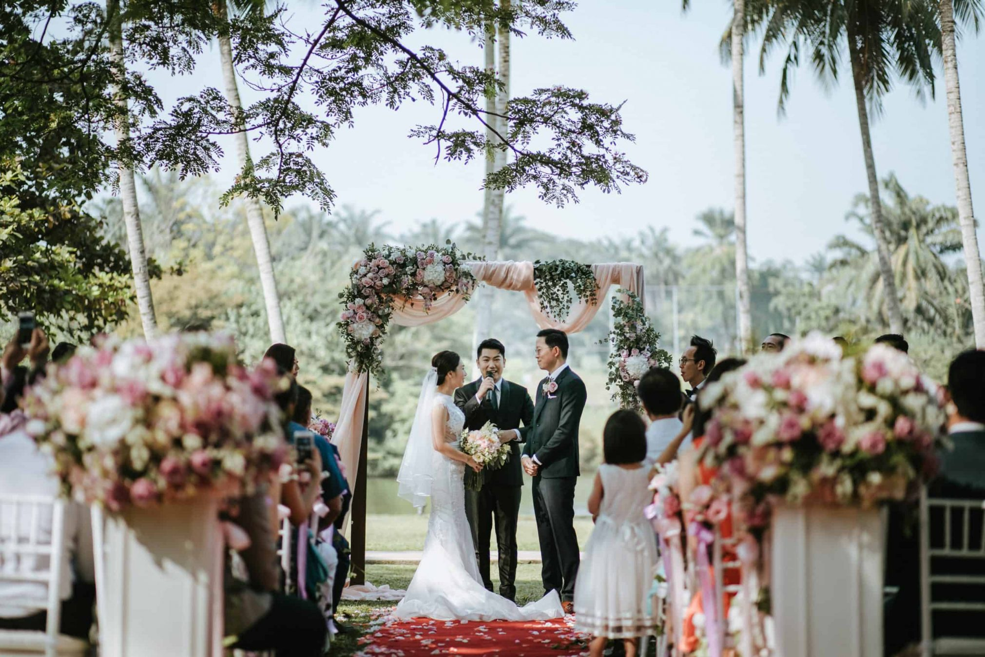 Garden Romantic Rustic Rosy Golden Wedding at The Saujana Hotel Subang Kuala Lumpur malaysia cliff choong the cross effects kevin tan destination portrait and wedding photographer malaysia kuala lumpur bride and groom couple kiss romantic intimate moment scene getting ready make up Ring Exchange Vows Bridesmaids Dress