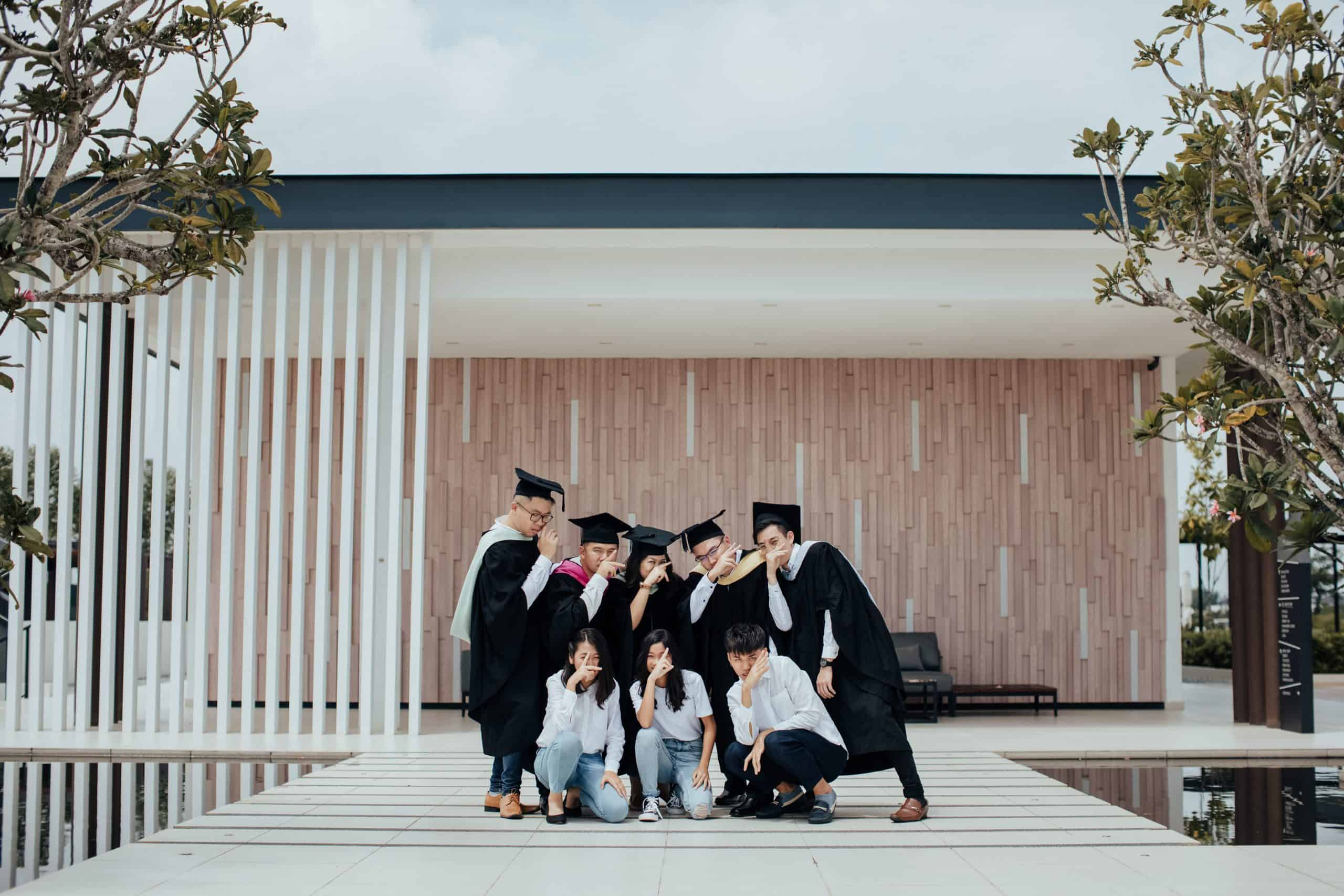 Kuala Lumpur Outdoor Casual Leisure Happy Family and post-graduation Portrait Sesson