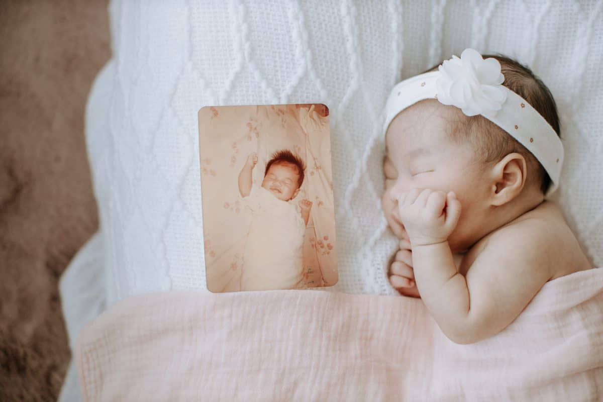 Newborn baby portrait session in Malaysia Cliff Choong Photography mommy