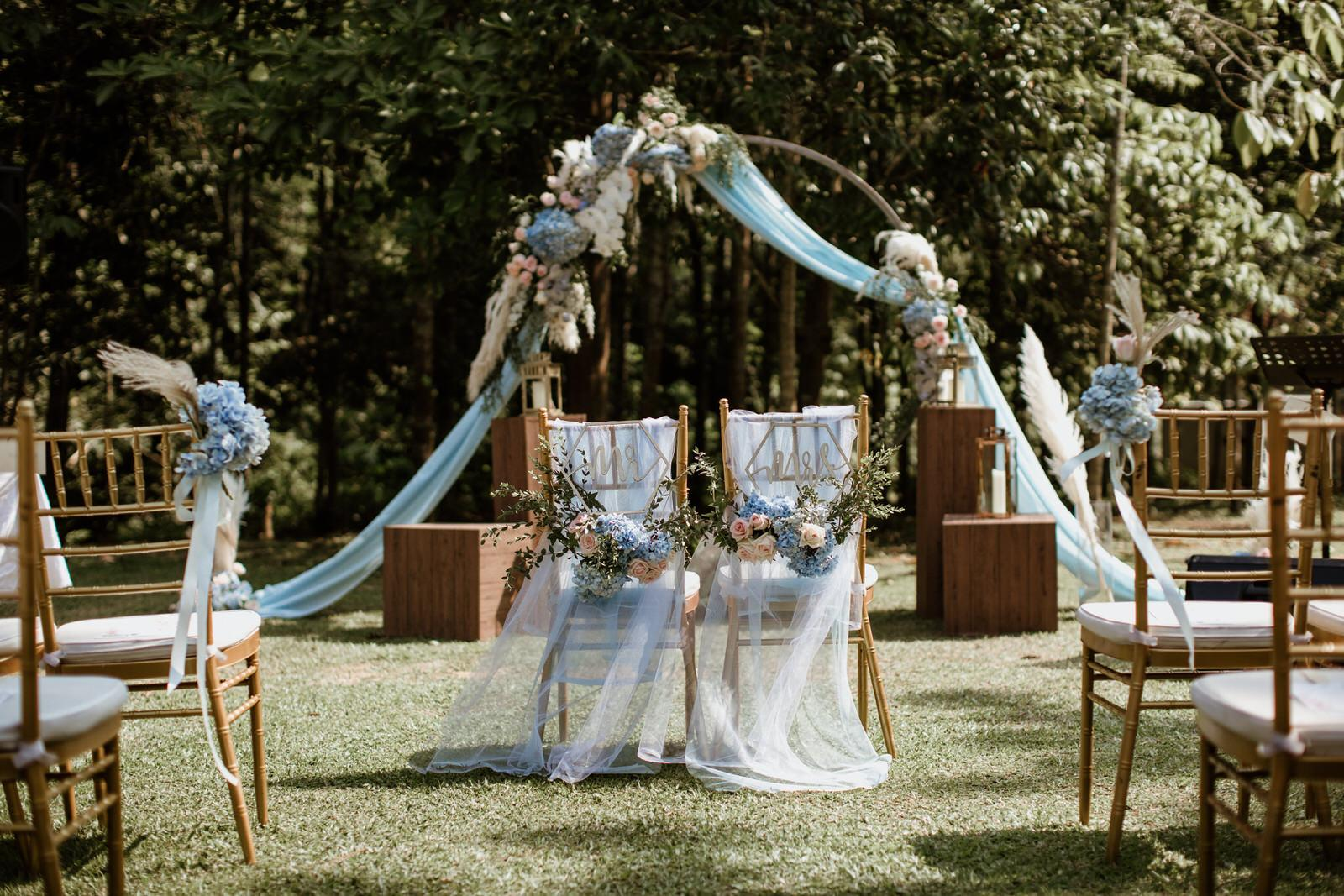 Tanarimba Rustic Garden Weding Janda baik Decoration wooden chair feather flowers Cliff Choong Photography