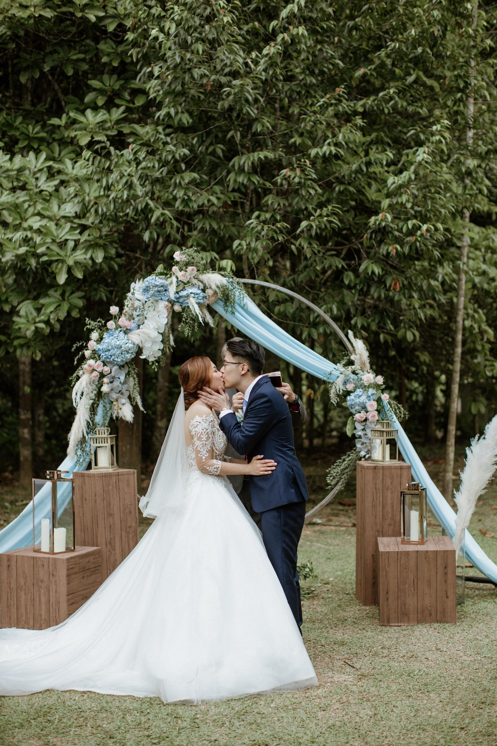 Couple Kiss Rings Exchange Ceremony Tanarimba Rustic Garden Weding Janda baik Decoration Photobooth Cliff Choong Photography