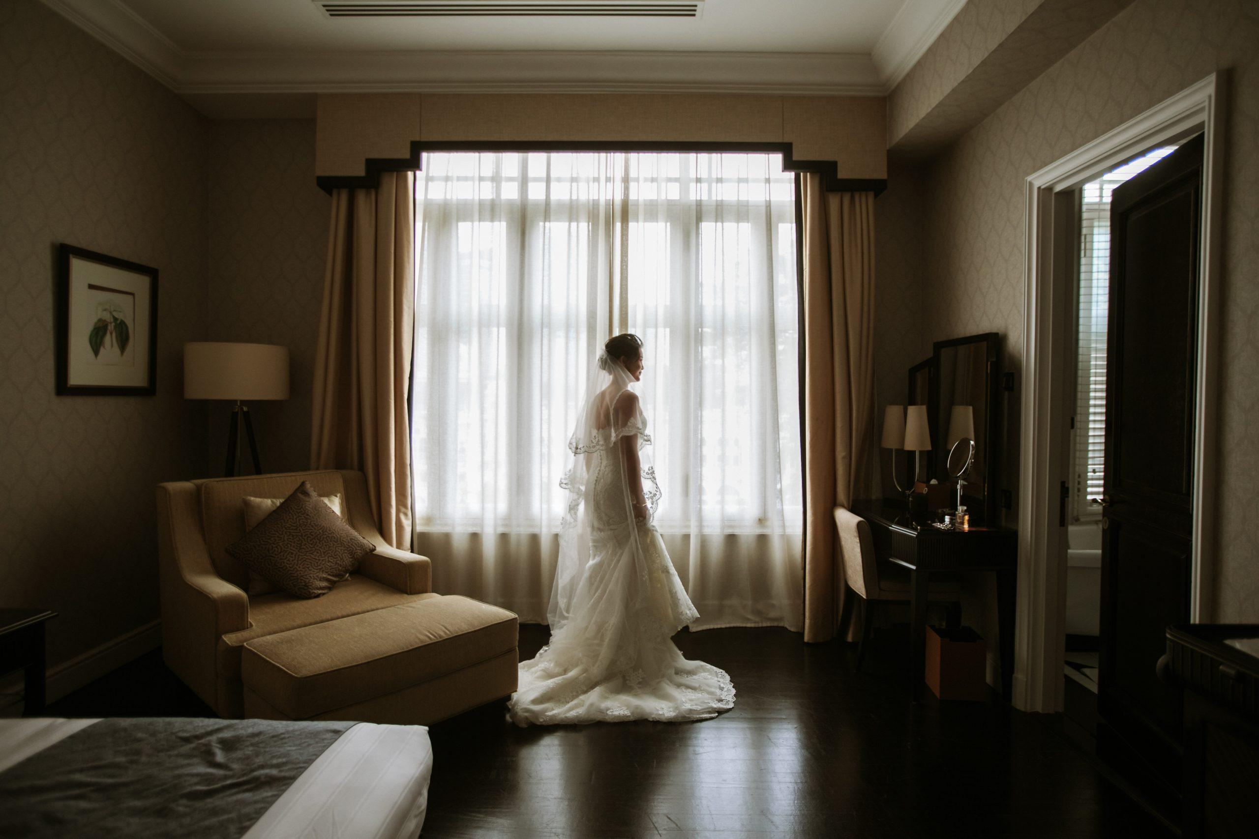 waiting bride getting ready actual day The Majestic Hotel Kuala Lumpur Cross cultural wedding japnese malaysian
