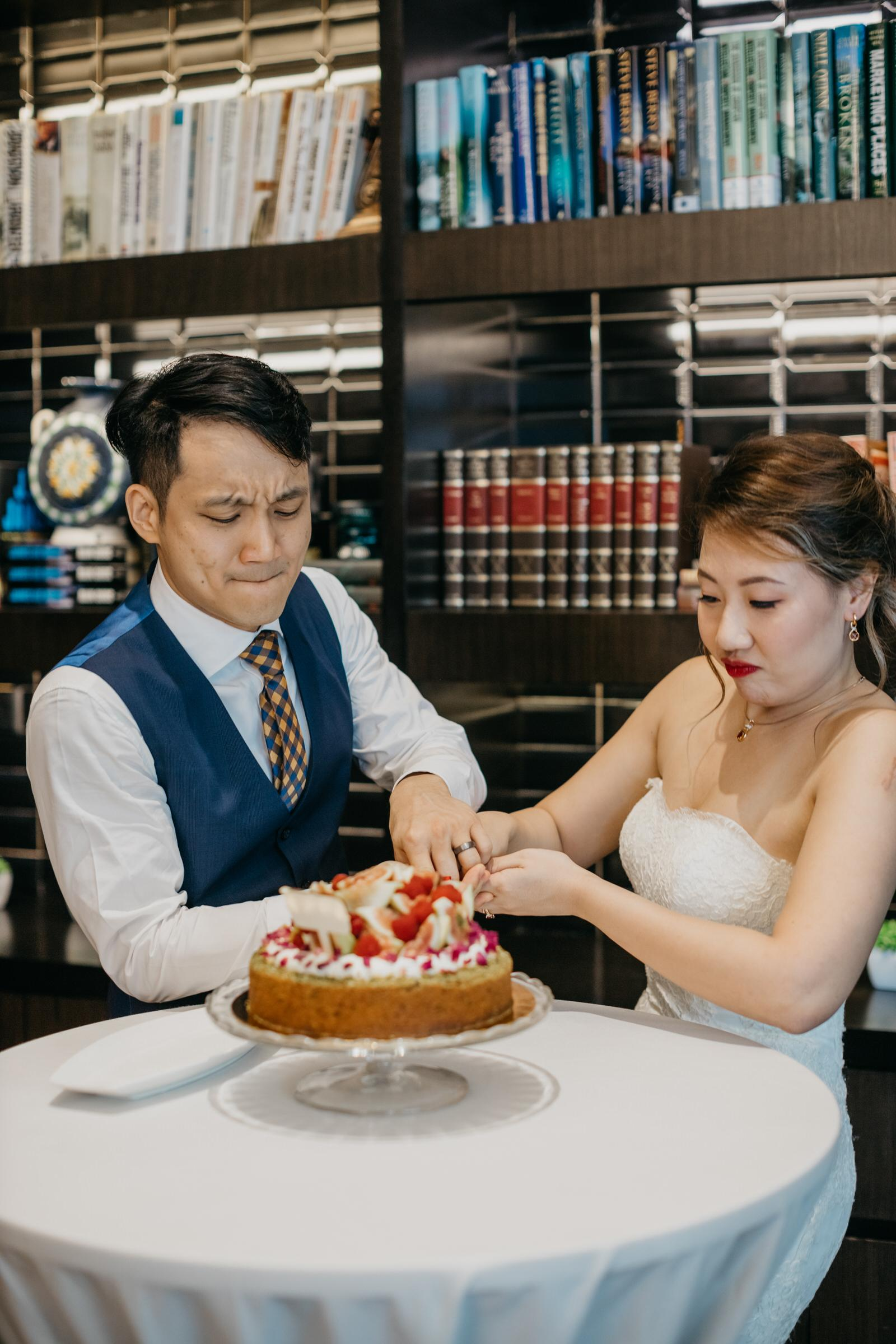 Rustic Wedding Fruit Cake Brasserie 25 French Cuisine Wedding reception at Hotel Stripes Kuala Lumpur MCO2.0 SOP Cliff Choong Photography Malaysia Covid19 ROM